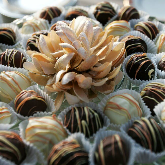 In addition to the wedding cupcakes, truffles were also on the menu for dessert.