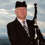 Bellevue, WA Bagpipes | Seattle's Bagpiper Neil Hubbard