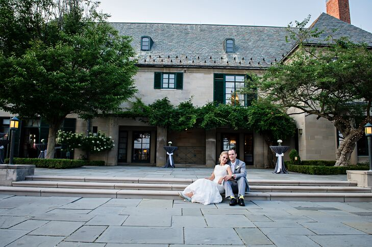 Bride and Groom at Earhart Manor at Concordia University
