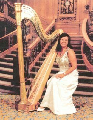 Margaret Sneddon, Harpist