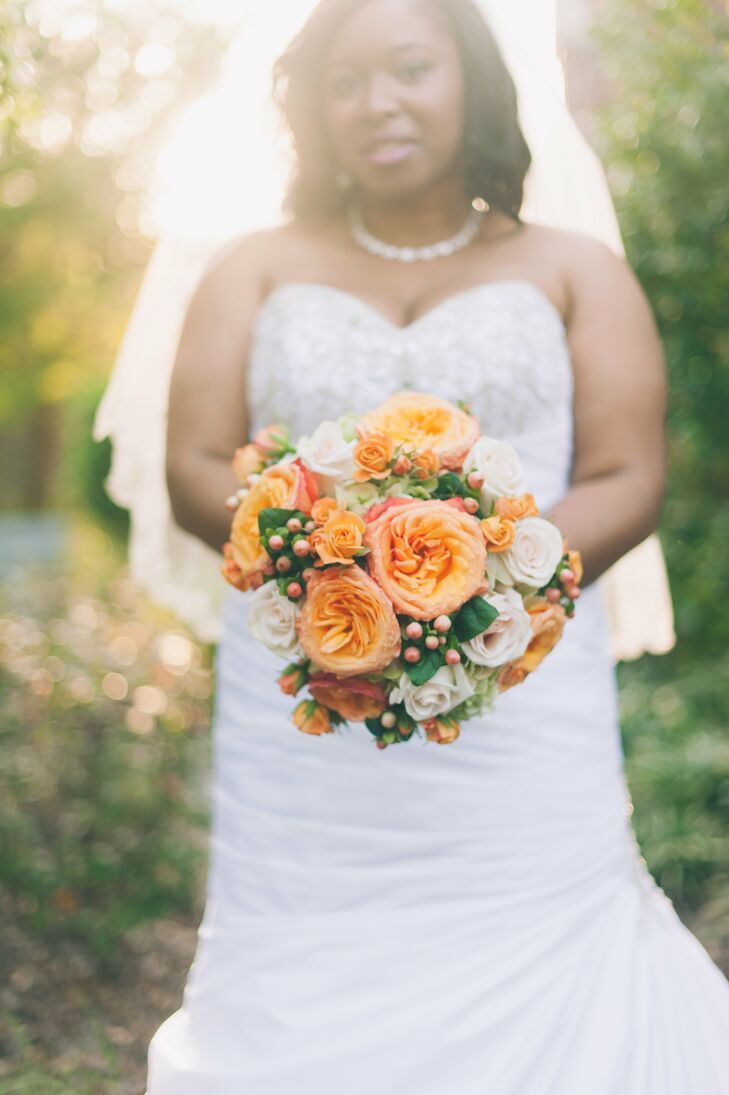 Orange Garden Rose Bouquet