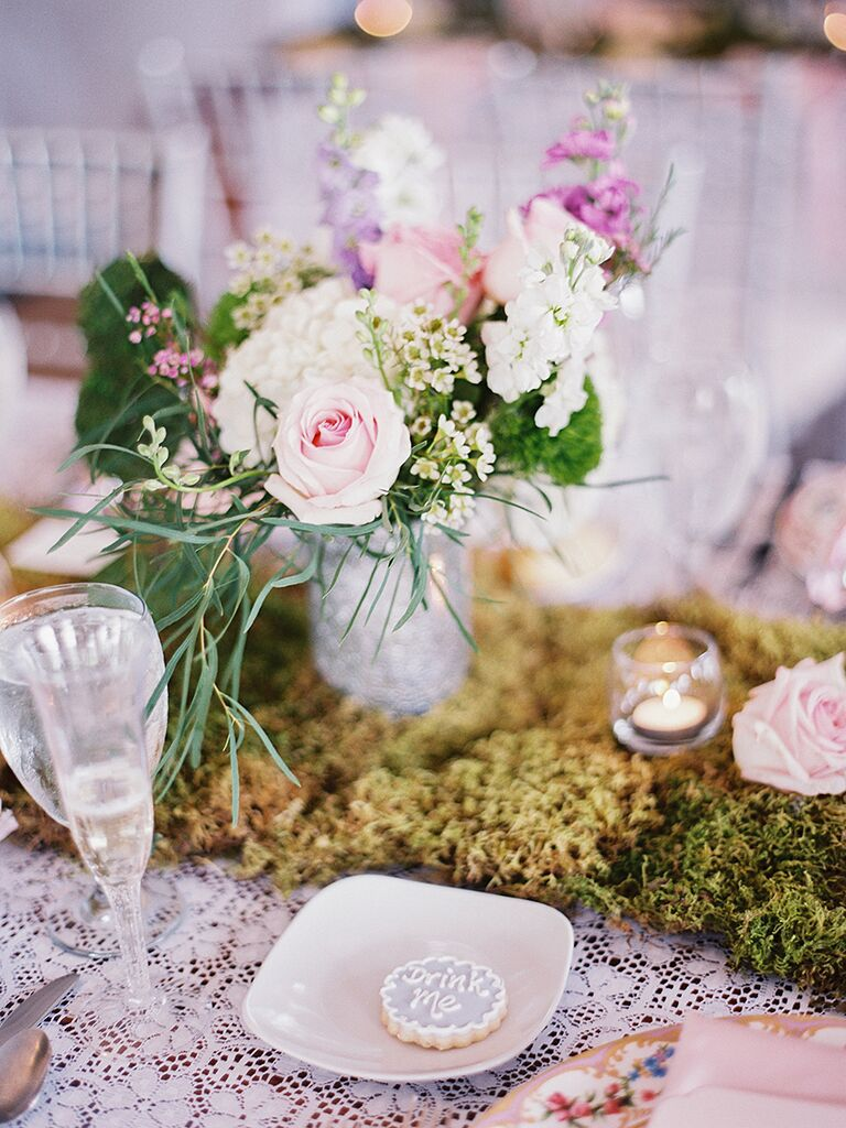 15 Centerpiece Ideas for a Rustic Wedding