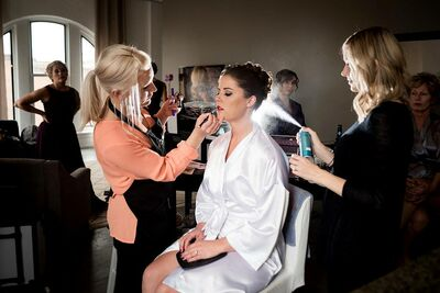 STLooks: The Bridal Beauty Team