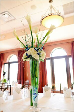 Centerpiece with Calla Lilies, Hypericum Berries, Hydrangea and Spider Mums