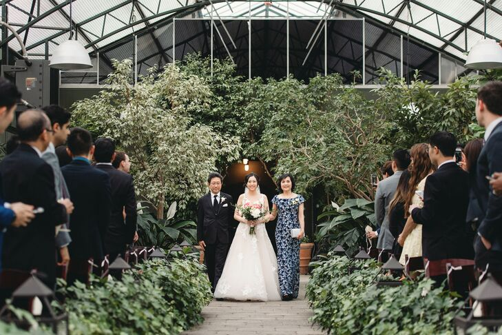 Ceremony Processional at Planterra Conservatory in Detroit, Michigan