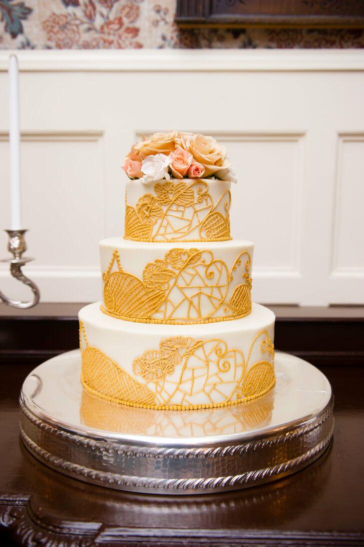 Detailed Vintage Style Wedding Cake