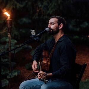Asbury Park, NJ Acoustic Guitarist | Sean Tobin