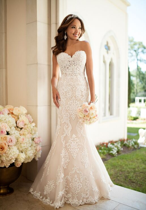 2ac800ed3aa0 Stella York 6589 Wedding Dress | The Knot