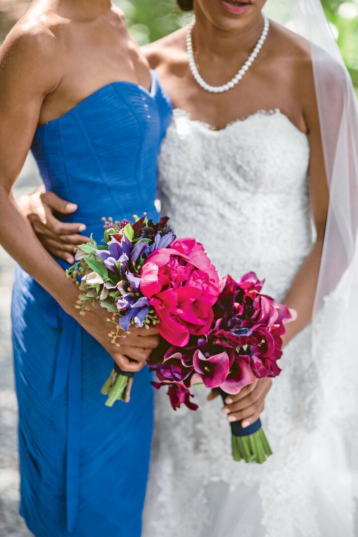 Kimberly carried a posy of purple calla lilies, while her bridesmaids held rustic bunches with bold pops of fuchsia peonies.