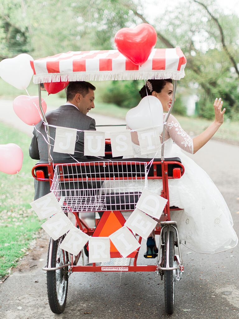 Getaway exit ideas for a flawless wedding reception - wedding details not to miss