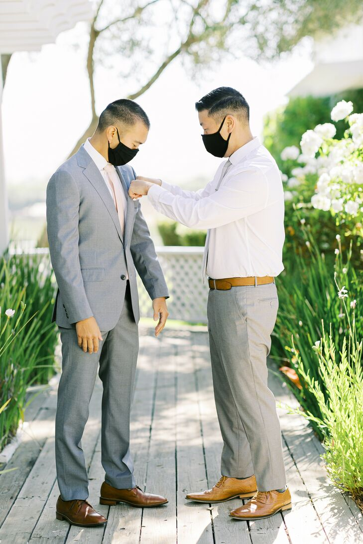 Groom Getting Ready for Minimony at Leal Vineyards in Hollister,  California