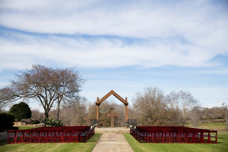 "Leigh's family owns Rock Lake Ranch,  a wedding venue in College Station, Texas. ""It was perfect for what we were looking for, and not to mention so much easier with the help of everyone about vendor information, logistics and more."""