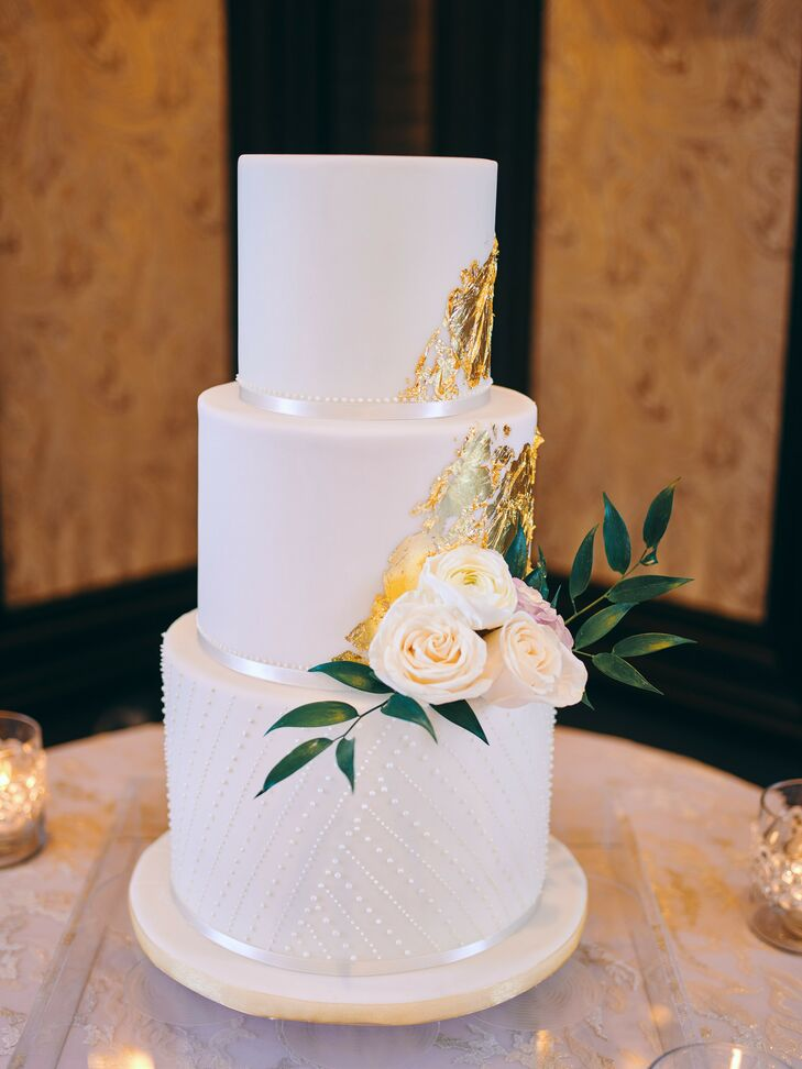 Wedding Cake at Post Oak Hotel at Uptown in Houston, Texas