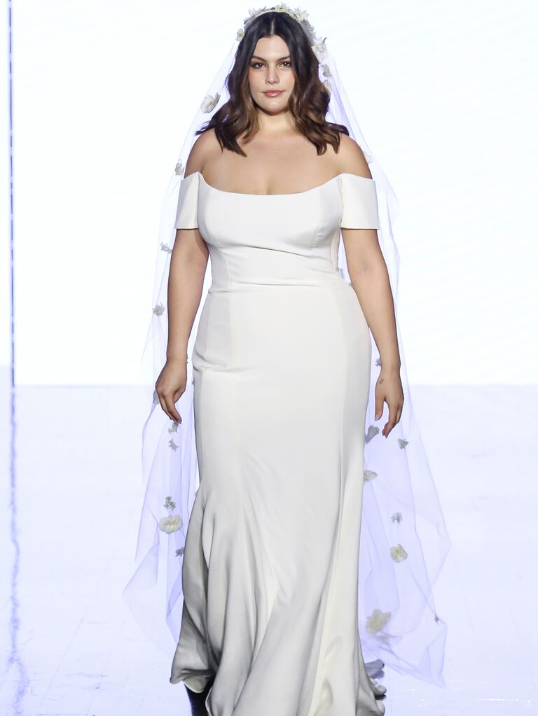 Watters simple wedding dress