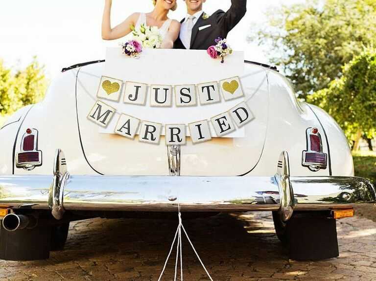 Just Married Glitter Garland Banner