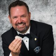 Anaheim, CA Magician | Brady Glen: Sophisticated Social / Corporate Magic