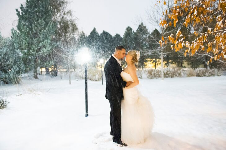 Inspired by the winter season, Jessica Sullivan (28 and a teacher) and Tim Schoeninger's (30 and a material coordinator) wedding embodied all the best