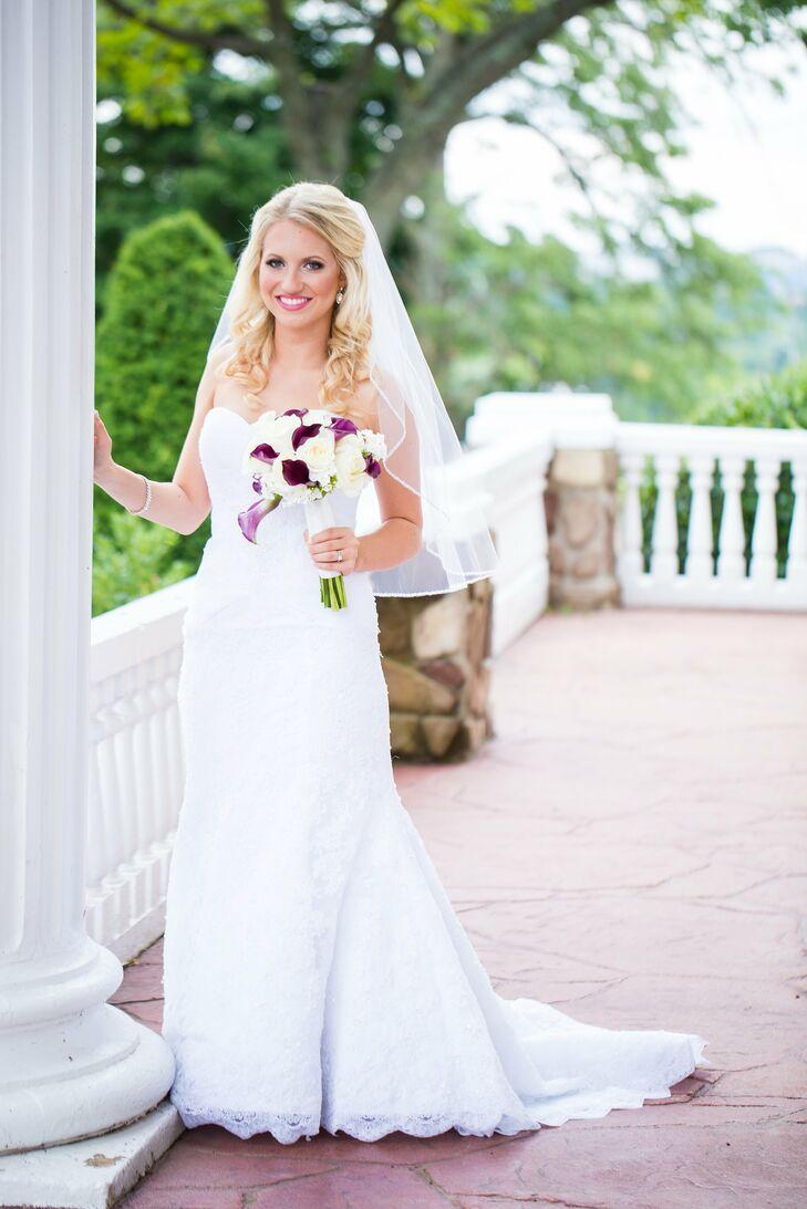 Strapless Lace Oleg Cassini Wedding Dress