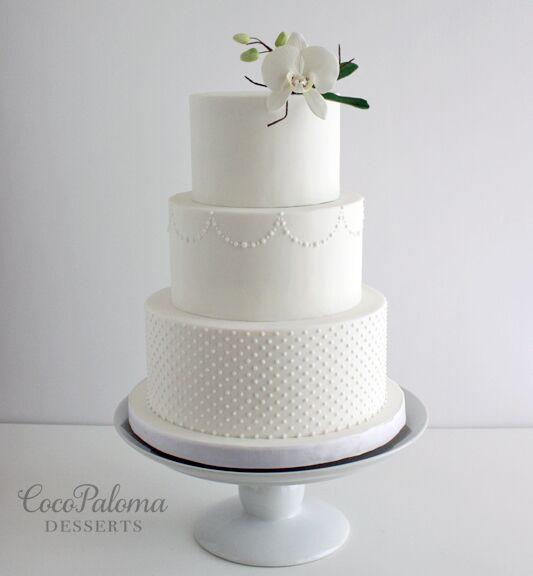 Calligraphy Style Wedding Cakes Weddbook