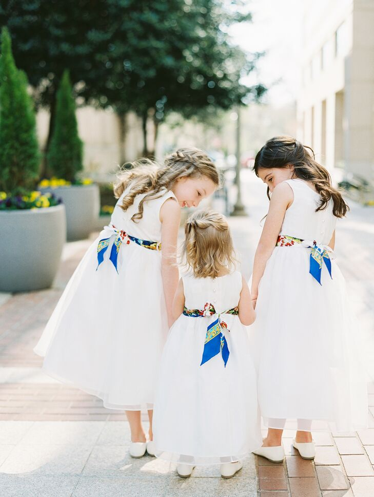 Flower Girl Dresses with Colorful Scarf Sashes