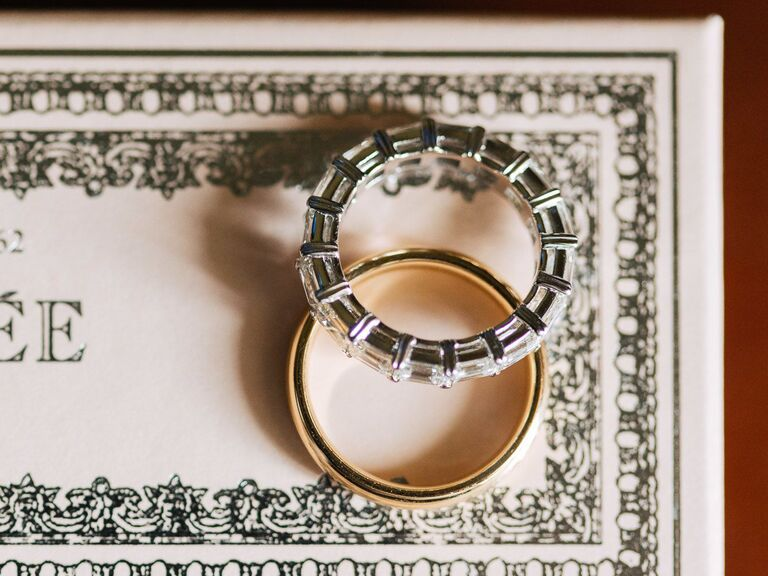 diamond pave wedding with bar setting