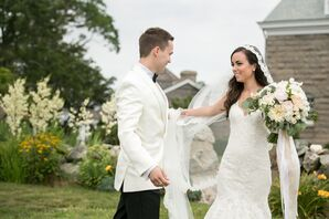 Romantic First Look in Mystic, Connecticut