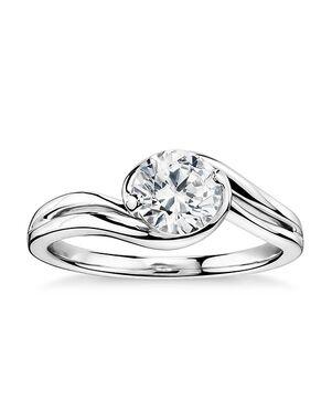 Monique Lhuillier Fine Jewelry Elegant Round Cut Engagement Ring