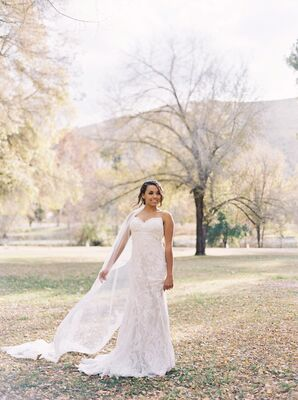 Elegant White Lace Wedding Dress