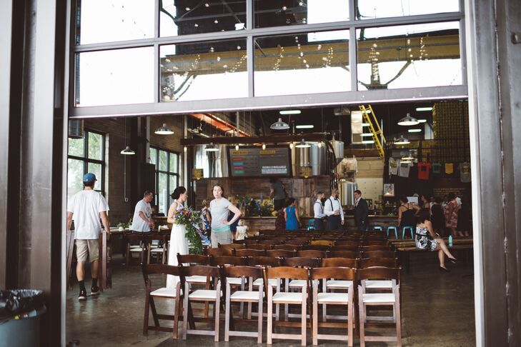 Bauhaus Brew Labs in Minneapolis, Minnesota, offers indoor and outdoor venue spaces, perfect for a summer wedding.