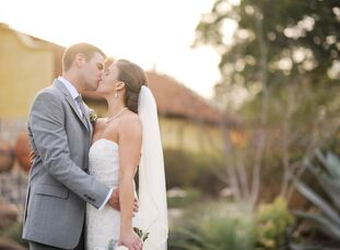 On top of a hill in Dripping Springs, Texas, sits Ian's Chapel at Camp Lucy, a venue bursting with old-world charm. It was the perfect location for Ry