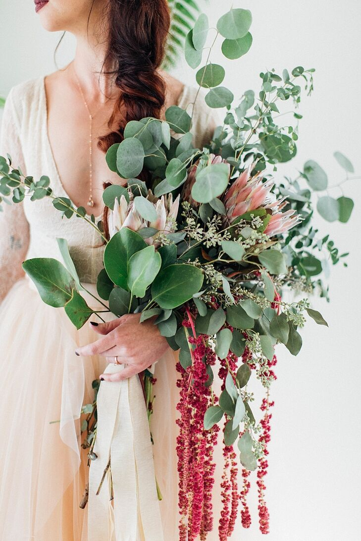 Large Bouquet with King Protea, Eucalyptus and Amaranthus