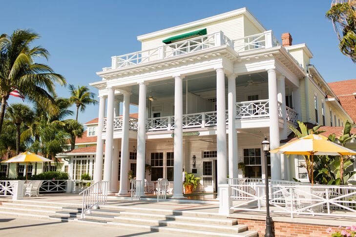 Since the groom's family was from Germany and would be traveling overseas for the wedding, the couple decided to hold a wedding weekend vacation for their friends and family at Gasparilla Inn & Club in Boca Grande, Florida.