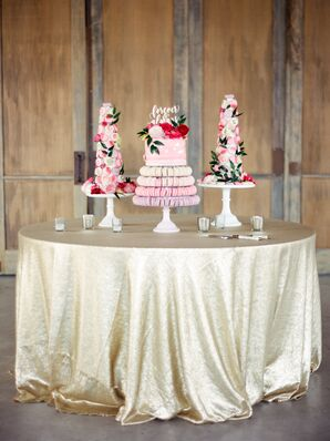 Pink Dessert Tables With Macarons