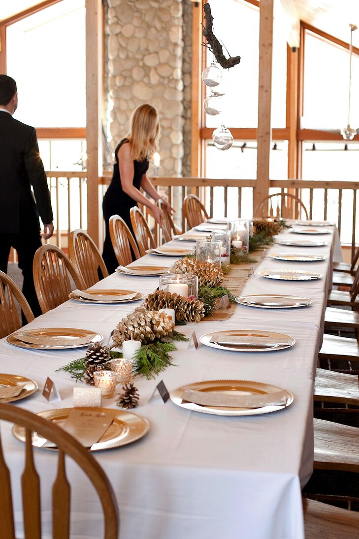 An Intimate Winter-Inspired Reception at Bear Creek Lodge