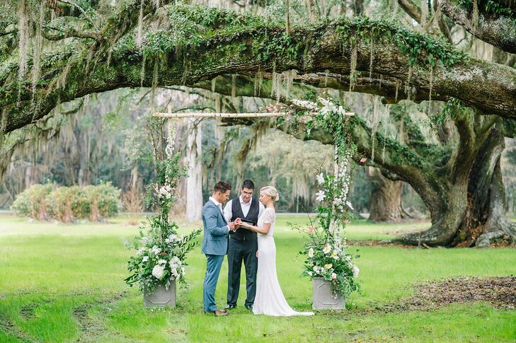 """""""We had our ceremony under an incredible old oak tree at Magnolia Plantation, the oldest public garden in America,"""" Juliette says. """"Magnolia Plantation has lot of ceremony options but for us it was all about finding the perfect oak tree. There was something about standing under a giant tree that had existed for hundreds of years and continued to gracefully grow that really resonated with us."""""""
