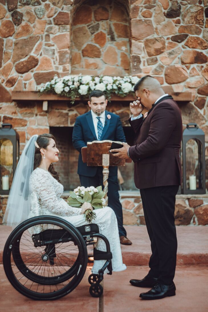 Tearful Vow Exchange at Madera Estates in Conroe, Texas