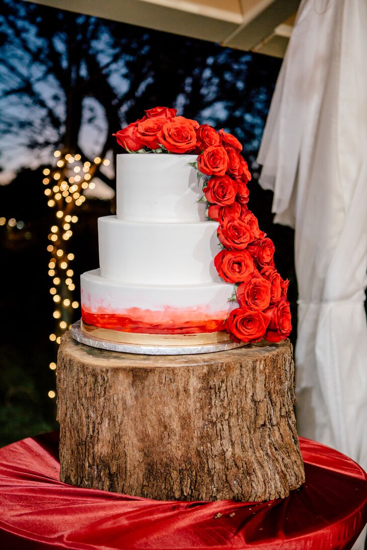 Romantic Round Cake with Red Ombre, Red Roses and Wood Stand