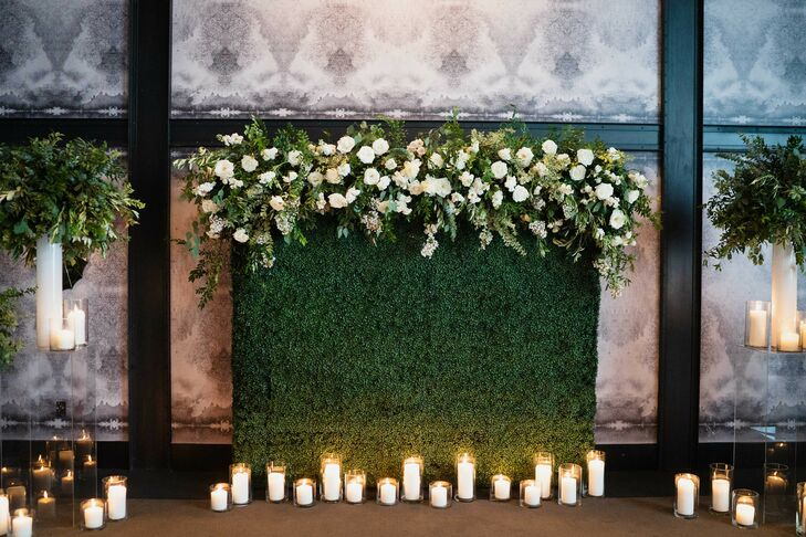 Boxwood Altar Backdrop at the Hotel Van Zandt in Austin, Texas