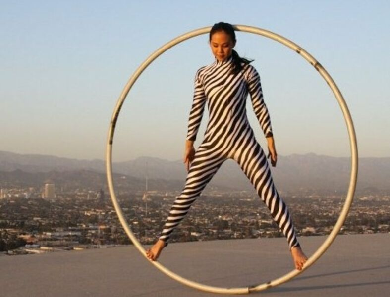 Los Angeles - Acrobats, Circus & Cirque Events - Circus Performer - Los Angeles, CA