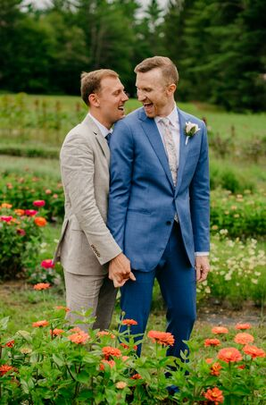 Same-Sex Couple Portraits in Stowe, Vermont