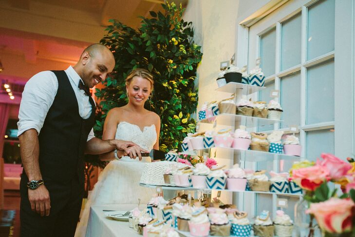 """""""We purchased a standard white cake for cake-cutting purposes, but our main dessert were the cupcakes,"""" Krista says. """"They were a hit with all our guests."""""""