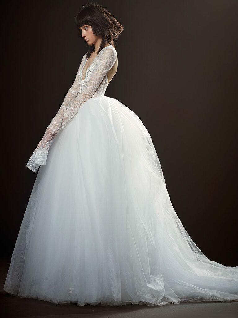 Vera Wang Spring 2018 Collection: Bridal Fashion Week Photos