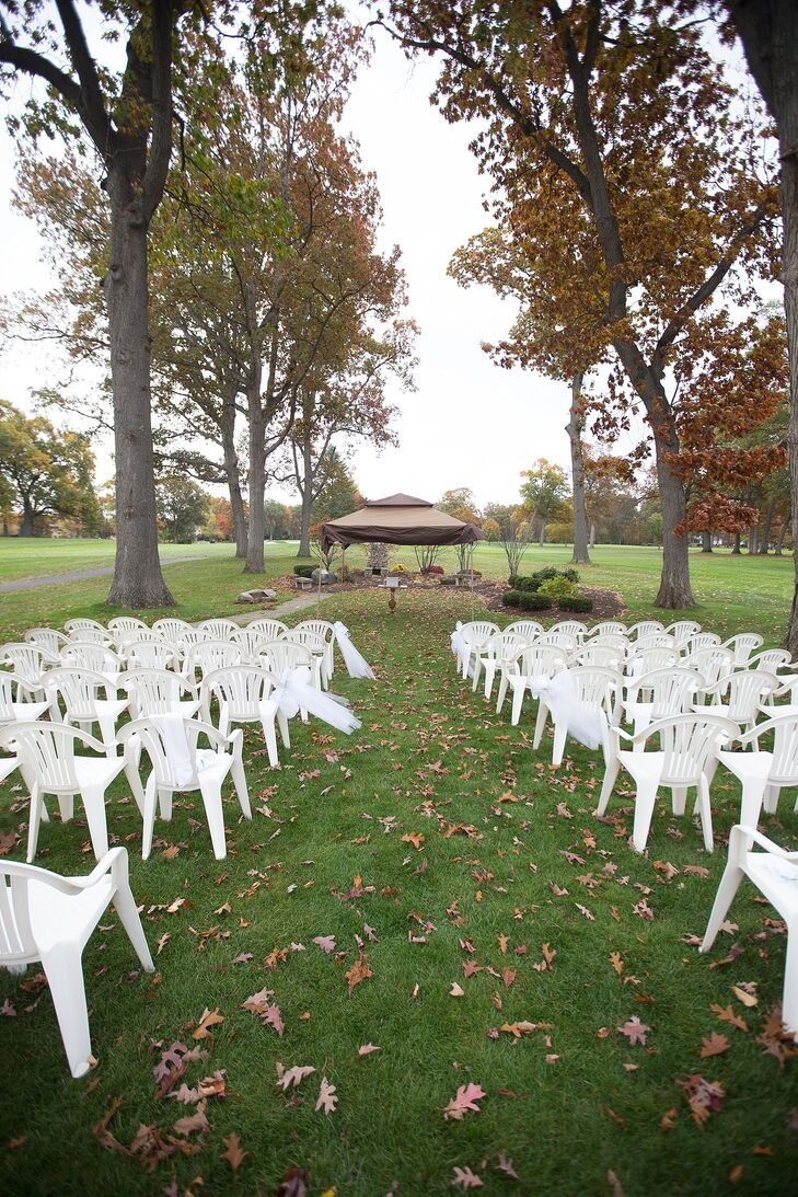 Outdoor Lawn Wedding White Chairs