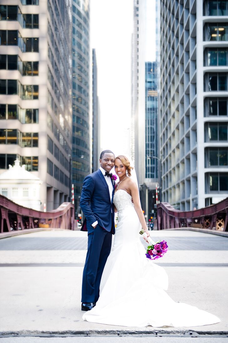 The downtown Chicago architecture was the perfect backdrop for modern outdoor photos.
