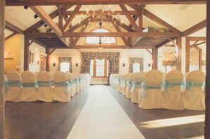 Historic Inn Winter Wedding Ceremony