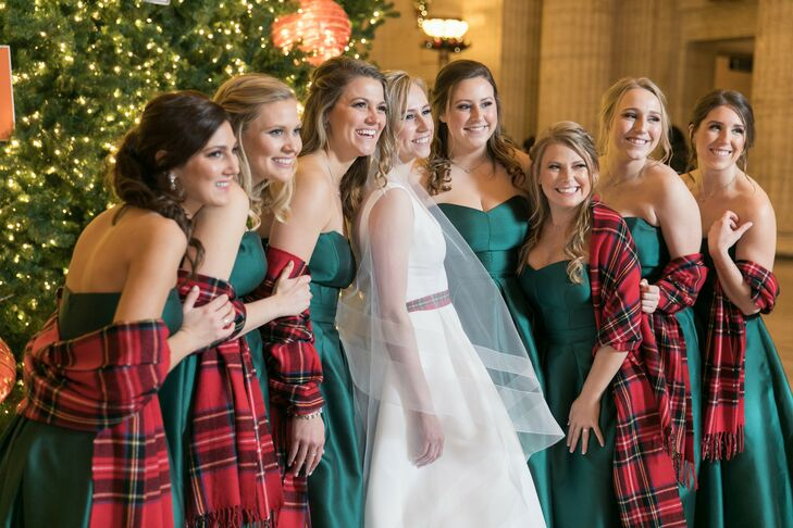 Plaid Shawls for Christmas-Themed Wedding in Chicago