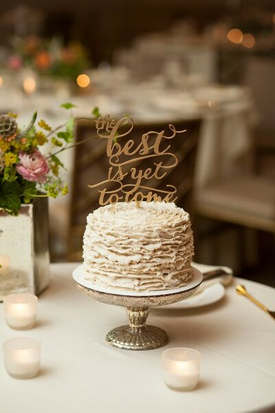 A simple, single-tier cake was created by B Free Bakery.