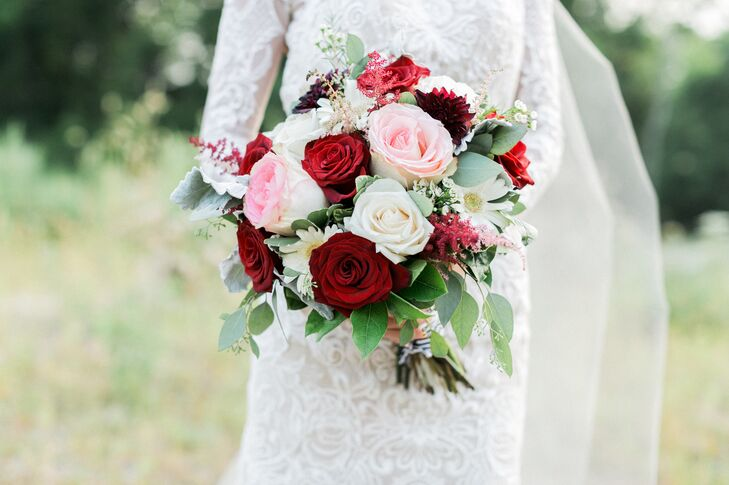 Classic Red and Pink Rose Bouquet