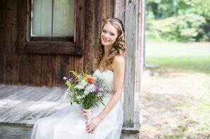 Simple and Comfortable Wedding Dress