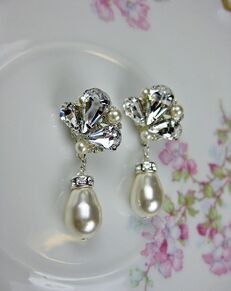 Everything Angelic Carmen Small Earrings - e328 Wedding Earring photo